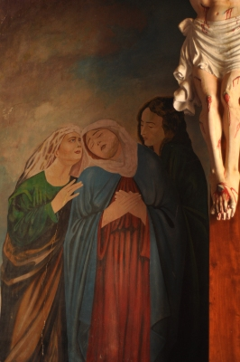 Fra Antonio Moscheni's rendition of the women at the foot o f the crucifix