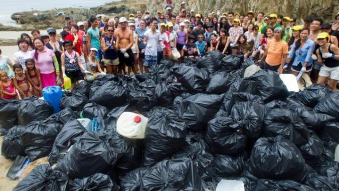 Every day in Hong Kong, more than 16,000 tons of waste is dumped in the streets and public spaces. PHOTO: hkcleanup.org