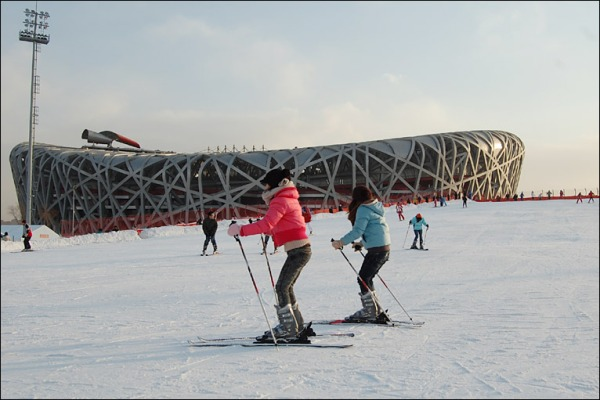 While Beijing has won the bid to host the 2022 Winter Olympics, questions are being raised about the environmental impact of creating artificial snow. PHOTO: BBC