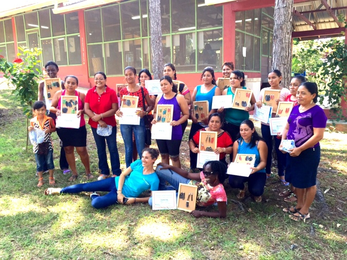 Belize Lionfish Workshop participants with their certificates