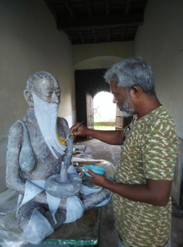 A chance encounter with a sculptor. PHOTO: Rosanna