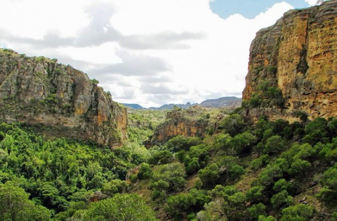 isalo-national-park-amazing-730x480