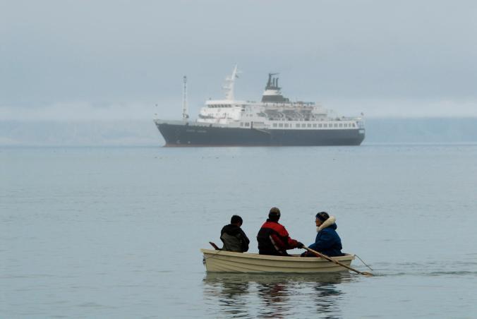 Kujawinski-Cruise-Ships-Arctic-1200.jpg