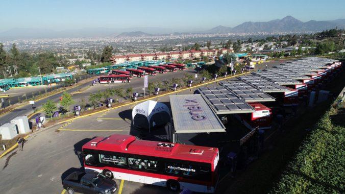 Santiago-buses-electricos1_web